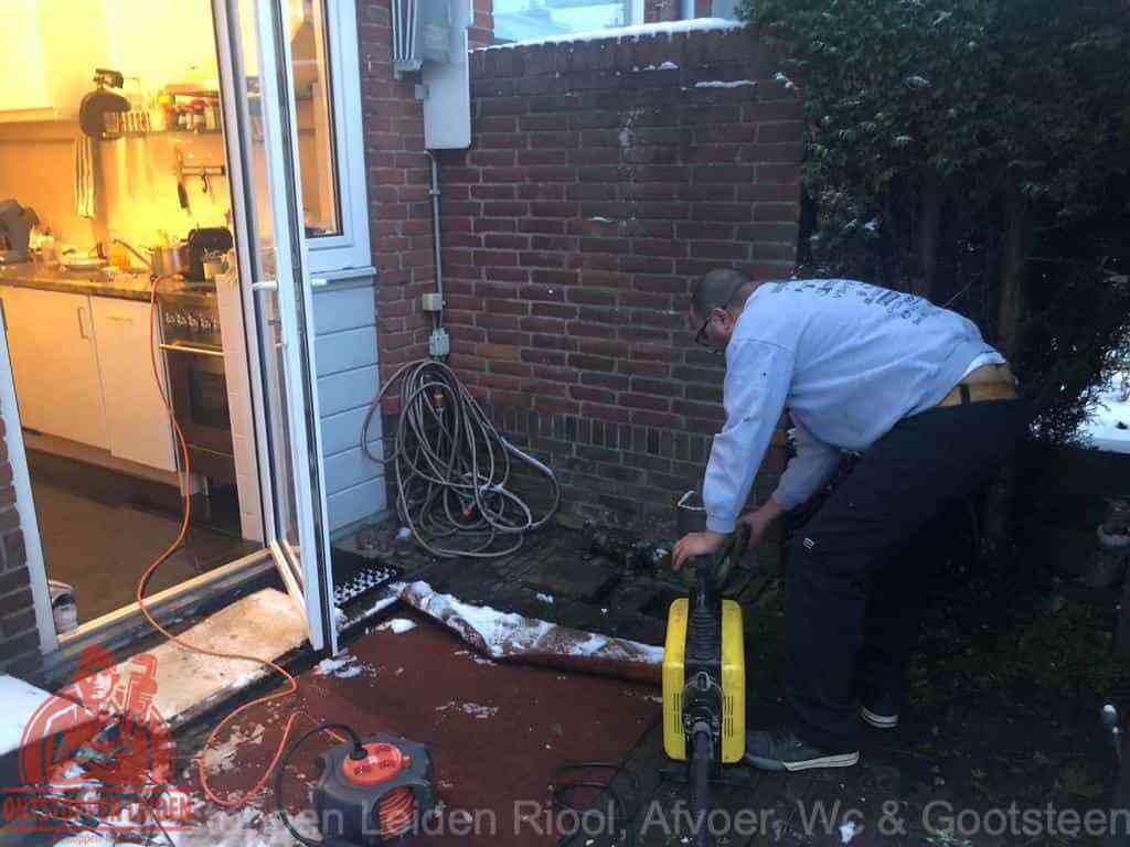 WC ontstoppen Leiden